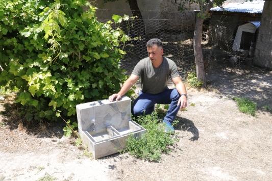 Yozgatlı hayvansever sokak hayvanlarının bakımı için çay ve mangal ocağı üretiyor