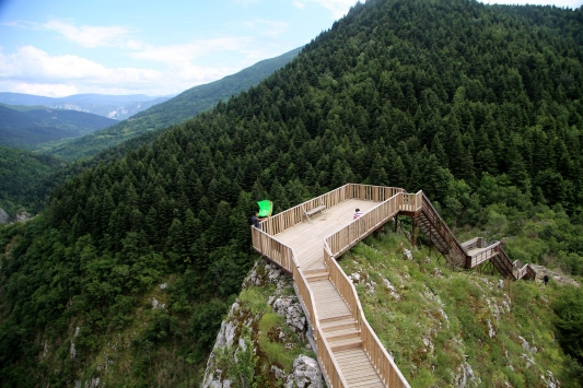 Dünyanın en derin ikinci kanyonu yeni yürüyüş yolu
