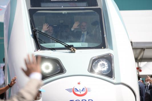 Milli Elektrikli Tren Setinin fabrika testlerine Sakaryada başlandı