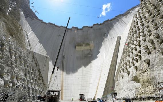 Yusufeli Barajının gövde yüksekliğinde 214 metreye ulaşıldı
