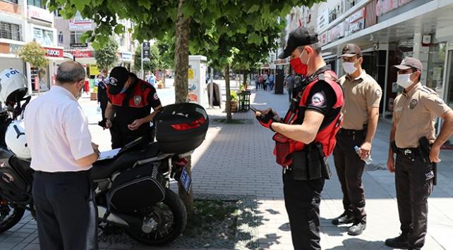 Boluda maske denetimi sürüyor: 240 kişiye 216 bin lira ceza