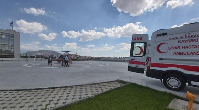 Kayseride ambulans helikopter 2 hasta için havalandı