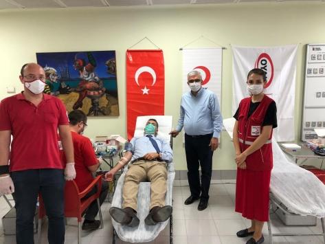 Adanada fabrika çalışanları kök hücre bağışında bulundu