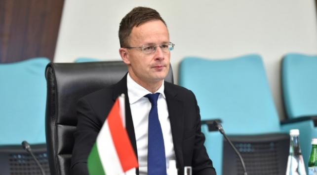 Macaristan Dışişleri Bakanı: AB, Türkiyeye söz verdiği ödemeyi yapmalı
