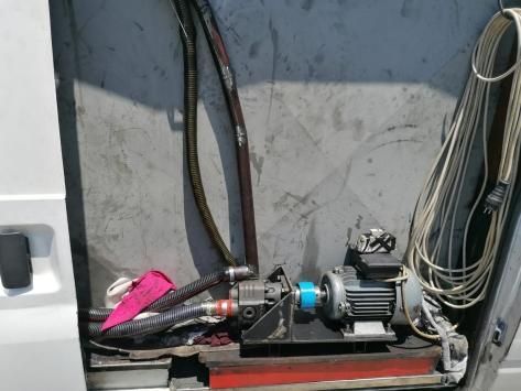 Antalyada kamyonette 4 bin litre kaçak akaryakıt ele geçirildi