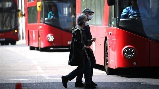 İngilteredeki vaka sayısı 312 bin 654e yükseldi