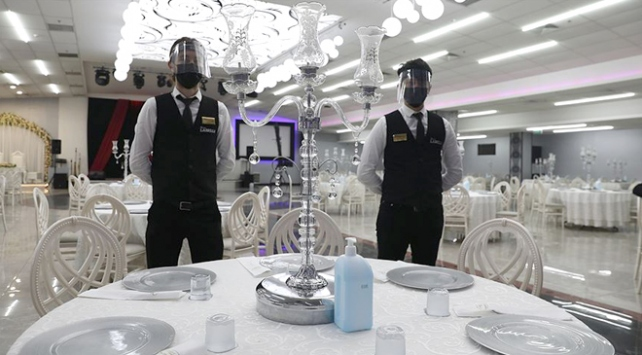 Düğün salonları kapılarını açıyor