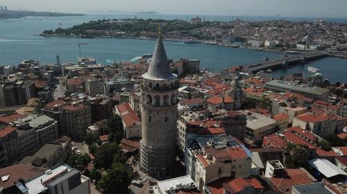 Galata Kulesi'ndeki restorasyon havadan görüntülendi