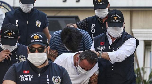Bakan Albayrak ve ailesine hakarete 2 tutuklama
