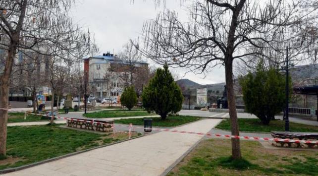 Tunceli Valisi Özkandan kente gelenlere çağrı: 14 gün kendinizi evinizde izole edin