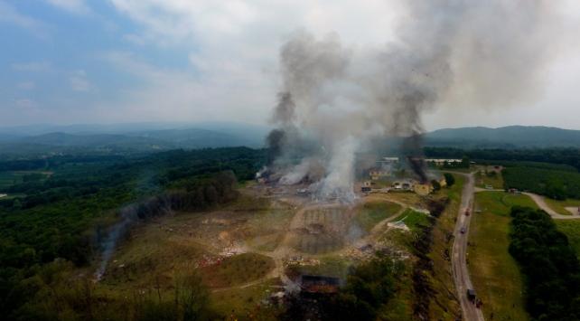 Bakan Kocadan patlama bölgesindeki zehirli gazlara karşı uyarı
