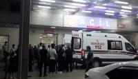 Kına gecesinde havaya açılan ateş 2 kişiyi ağır yaraladı
