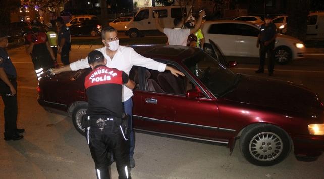 Adanada huzur uygulaması: Aranan 42 şüpheli yakalandı