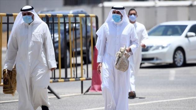 COVID-19 kaynaklı ölü sayısı BAEde 318e, Bahreynde 95e yükseldi