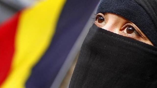 Belçika'da başörtüsü yasaklarını destekleyen karar