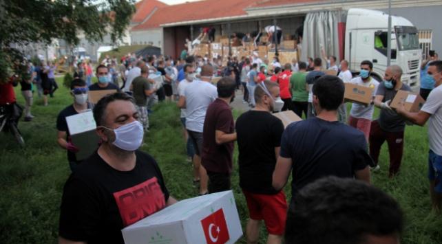 Türkiyenin yardım eli bu kez Novi Pazara uzandı