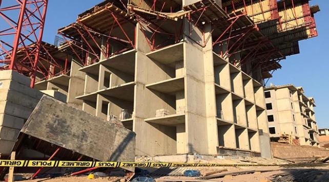 Elazığda işçiler inşaatın 5. katından düştü