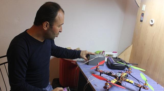 Kızı istedi, atık malzemelerden drone ve akülü araba yaptı