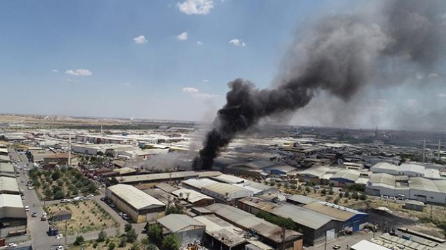 Konya'da atık toplama deposunda çıkan yangın söndürüldü