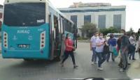 Fazla yolcusu olan otobüs trafikten men edildi