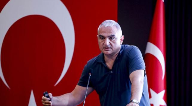 Bakan Ersoy: Serikte 2 tane beş yıldızlı ücretsiz halk plajı hizmete giriyor