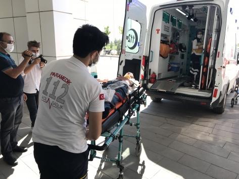 Aksarayda otomobil ile minibüs çarpıştı: 7 yaralı