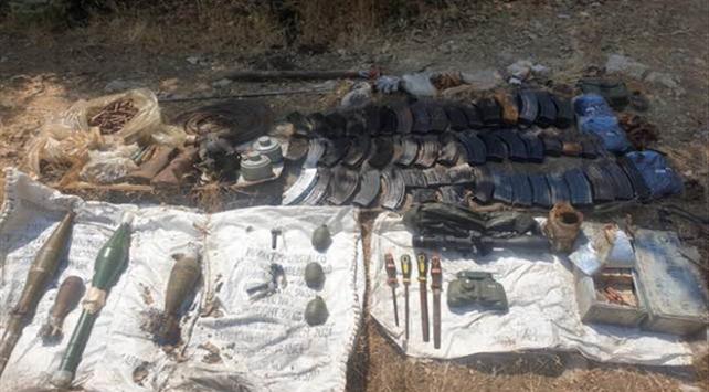 Pençe-Kaplan Operasyonunda PKKya ait çok sayıda silah ve mühimmat ele geçirildi