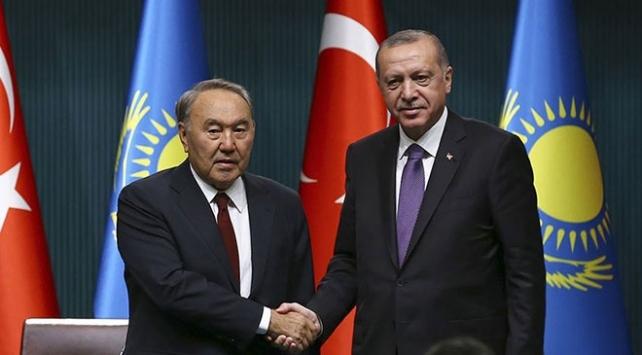Cumhurbaşkanı Erdoğan, Kazakistan kurucu Cumhurbaşkanı Nazarbayev ile görüştü