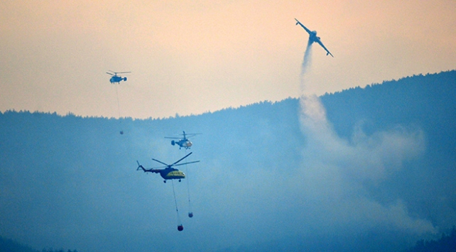Geliboludaki orman yangınına havadan müdahale yeniden başladı