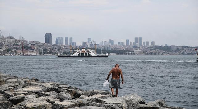 İstanbulda Arabistan sıcakları gidiyor, lokal yağış geliyor