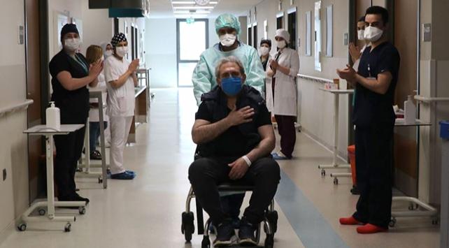 Türkiyede virüsü yenen hasta sayısı 185 bini aştı