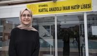 15 yaşında 5 yabancı dil öğrendi