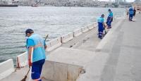 Üsküdar Sahili'nde kabuklu yemiş yemek yasaklandı