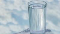 Az su içmek böbrek taşı riskini artırıyor