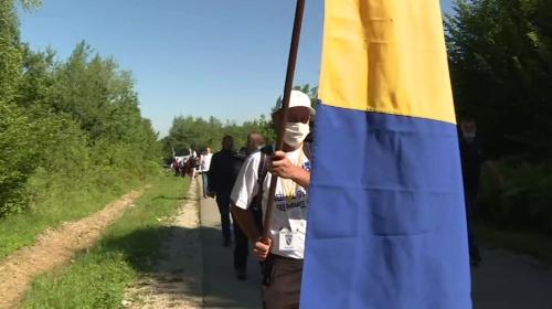 Srebrenitsa kurbanlarının anıldığı Barış Yürüyüşü başladı