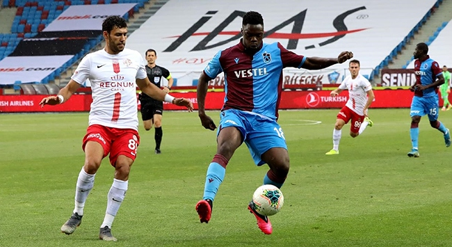 Trabzonspor şampiyonluk şansını zora soktu