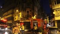 Şişli'de tarihi binada yangın