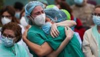 Brezilya'nın salgının merkez üssü olmasından hükümet sorumlu tutuluyor
