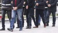 İzmir merkezli FETÖ operasyonu: 5 gözaltı