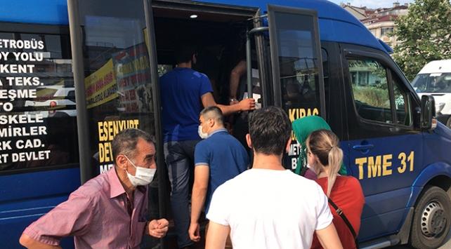 Sosyal mesafesiz toplu ulaşım sürüyor: 12 yerine 37 yolcu çıktı