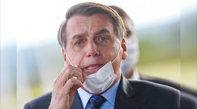 Gazeteciler, basın toplantısında maskesini çıkaran Bolsonaro'ya dava açacak