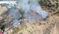 Antalya'da makilik ve çalılık alanda yangın