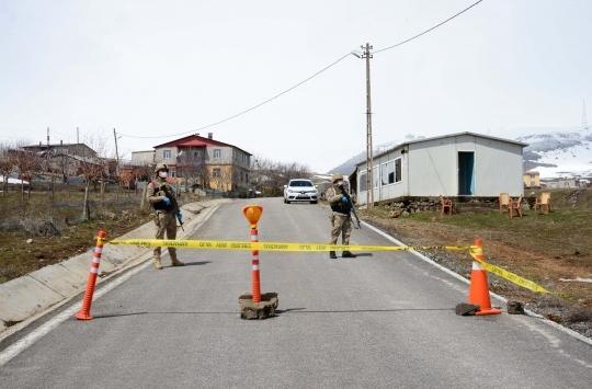 Şanlıurfada 56 ev karantinaya alındı