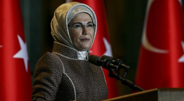 Emine Erdoğandan Ayasofya Camii paylaşımı