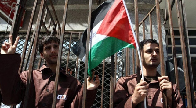 Filistinlilerin ömürleri İsrail hapishanelerinde tükeniyor