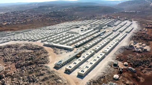 Türkiye'nin briket evleri İdliblilere umut kapıları açıyor