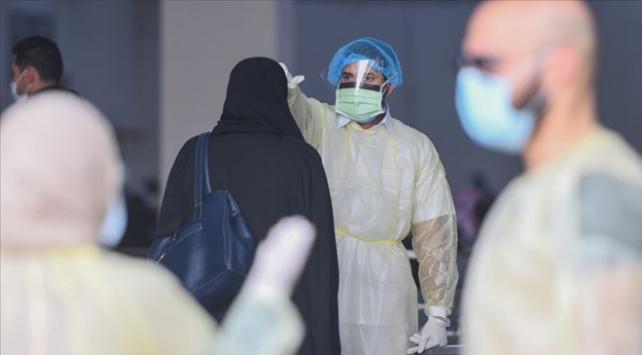 Arap ülkelerinde COVID-19 kaynaklı can kayıpları ve vaka sayıları artıyor