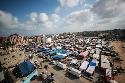 Gazzede Kovid-19 nedeniyle kapanan halk pazarları yeniden açıldı