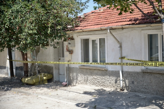 Eskişehirde 5 ev karantinaya alındı