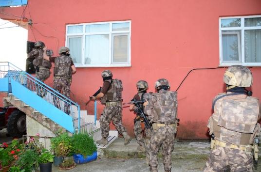 Kocaeli merkezli suç örgütü operasyonunda 10 şüpheli yakalandı